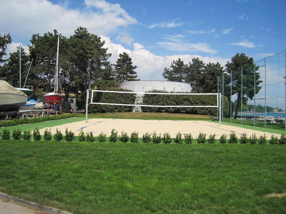 Jacquet SA - La plage des Rocailles - Mies - Beach-Volley